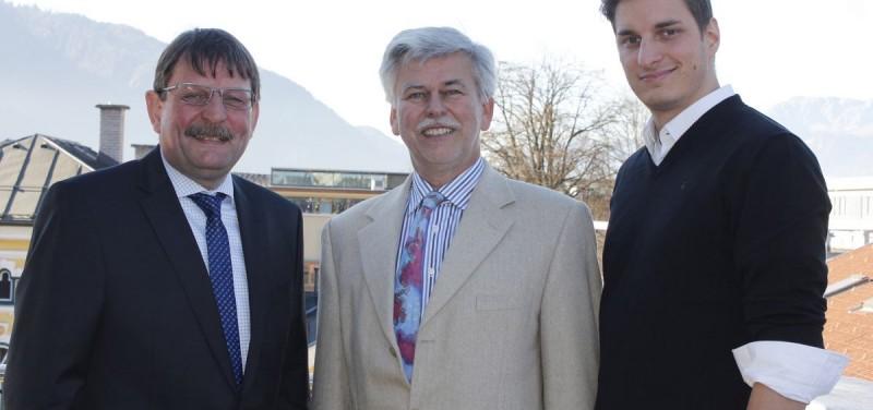 "Bürgermeisterkandidat Dr. Andreas Taxacher/Team Wörgl - Dr. Andreas Taxacher, Dr. Daniel Wibmer/Bürgerliste Wörgler Volkspartei und Michael Riedhart/""Junge Wörgler""."