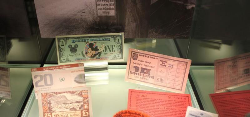 Ausstellung Kauri, Gold und Cybercoins in der OeNB Innsbruck.