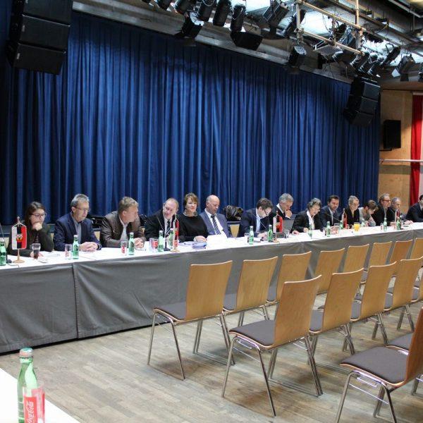 Der gesamte Gemeinderat stellte sich am 27.Oktober 2016 bei der öffentlichen Gemeindeversammlung den Fragen der Bevölkerung.