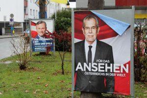 Bundespräsidentenwahl 2016 - Plakate in Wörgl im November 2016. Foto: Veronika Spielbichler