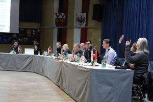 Wörgler Gemeinderat am 15.12.2016. Foto: Veronika Spielbichler