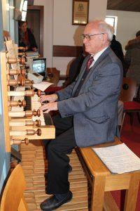 Organist Alois Widmann. Foto: Veronika Spielbichler