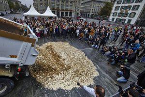 In der Schweiz wurde bereits über eine Volksinitiative zur Einführung eines Grundeinkommens abgestimmt. Foto: www.grundeinkommen.ch