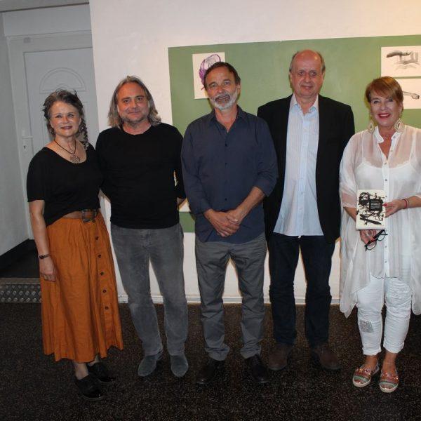 Bei der Ausstellungseröffnung v.l. Bürgermeisterin Hedi Wechner, Dr. Günther Moschig, Helmut Hinterseer, Hubertus Reichert, Mag. Gabi Madersbacher. Foto: Dr. Günther Moschig.