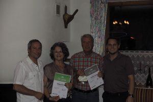 Naturfreunde-Ehrung - v.l.n.r. Obmann Gerhard Berger, Hedi Wechner, Andreas Obitzhofer, Obmann-Stv. Christian Kovacevic. Foto: Manfred Berger