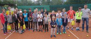 Die Teilnehmer der Wörgler Jugendstadtmeisterschaften im Tennis. Foto: TC Wörgl