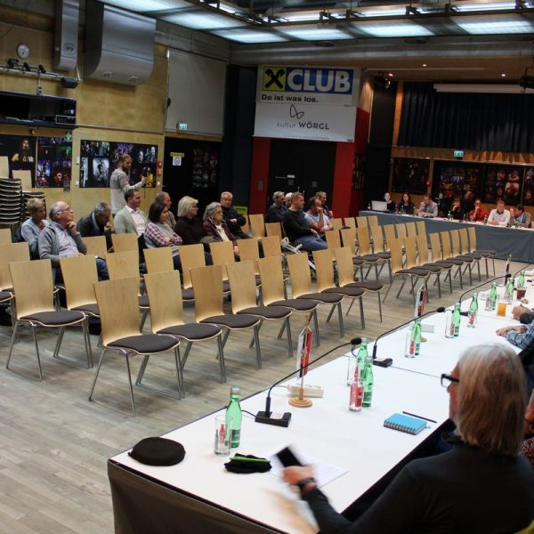Öffentliche Gemeinderversammlung 16.11.2017. Foto: Veronika Spielbichler