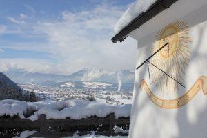 Von der Doagl-Kapelle bietet sich ein Panorama-Blick über Wörgl. Foto: Spielbichler