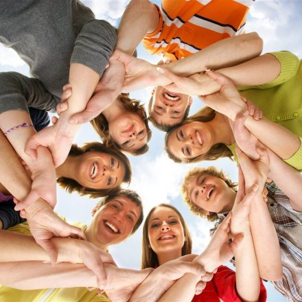 Der Verein Komm!unity lädt zum JungwählerInnen-Infoabend ins Komma Wörgl. Foto: Pixabay