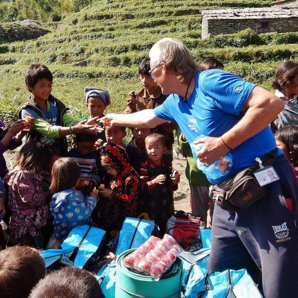 Christian Zangerl bei einem Nepal-Besuch 2015. Foto: Margit Danek