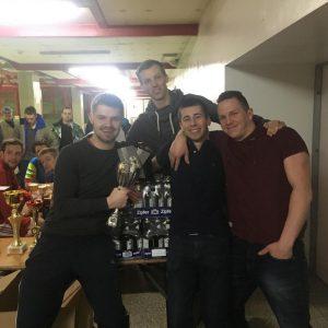 Die Trink-Pokalsieger Alwin & die Chipmunks mit Daniel Bramböck. Foto: TFV-Schiedsrichter - Gruppe Unterland Ost