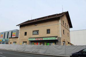 Abrissarbeiten am Ärztekammer-Areal in Wörgl, Salzburgerstraße, im März 2018. Foto: Veronika Spielbichler
