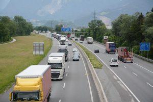 Tiroler Landtag - Lokalaugenschein Ausschuss für Wohnen und Verkehr am 29.5.2018 am RoLa-Terminal Wörgl. Foto: Veronika Spielbichler