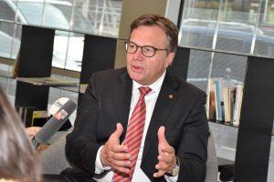 Im Anschluss an den Brenner-Transit-Gipfel informierte LH Günther Platter die Medien über die Ergebnisse. Foto: Land Tirol/Sax