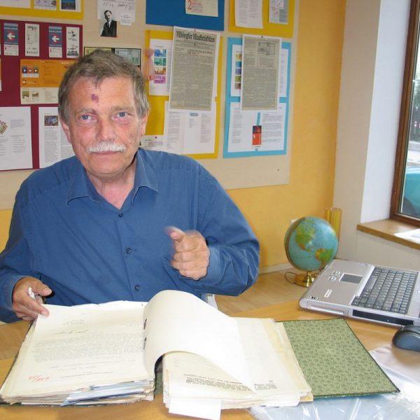 Der Publizist und Historiker Dr. Wolfgang Broer recherchierte drei Jahre lang intensiv übers Wörgler Freigeld, auch im Wörgler Unterguggenberger Institut.