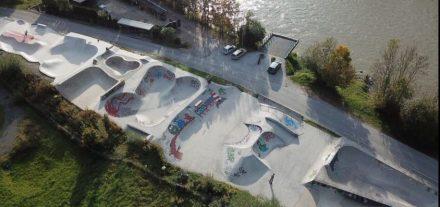 Der Wörgler Skateboardpark am Inn wird am 14. Juli 2018 nach seiner Fertigstellung der Öffentlichkeit vorgestellt. Foto: Bruno Astleitner
