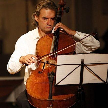 """Ramon Jaffé gestaltet das Programm des diesjährigen Kammermusikfestes in Hopfgarten unter dem Motto """"Meisterwerke der Kammermusik"""". Foto Trinkl"""