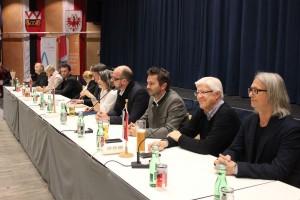 Wörgler Gemeinderat bei der öffentlichen Gemeindeversammlung am 19.11.2015