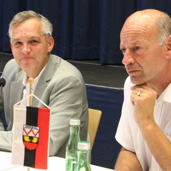 Die beiden Gemeinderäte des Unabhängigen Forums Wörgl UFW Ing. Emil Dander und Dr. Herbert Pertl (rechts).