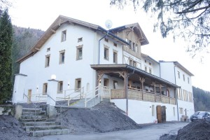 In nur dreieinhalb Monaten Bauzeit renovierte die Eisenstein GmbH den 1899 errichteten Gasthof Bad Eisenstein.