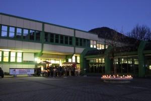 Der Weihnachtsmarkt der BFW+AL Wörgl dauerte bis in die Abendstunden.