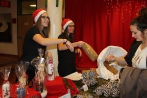 Alle Klassen beteiligten sich am Weihnachtsmarkt der BFW+AL Wörgl.