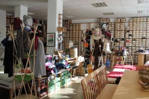 Das GEA-Sortiment wird im Wörgler Shop mit weiteren Produkten ergänzt.