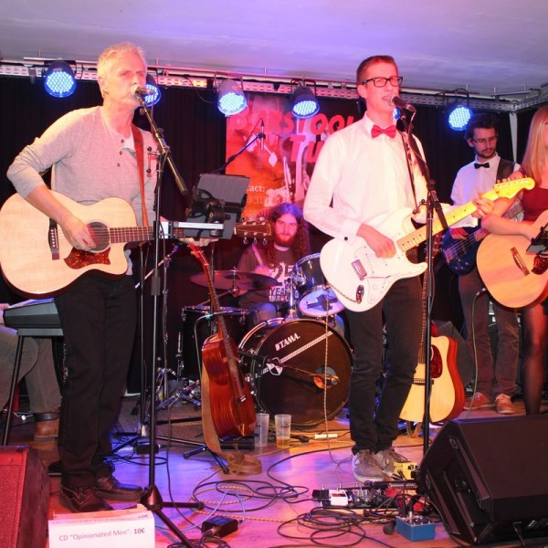 """CD-Release """"Too late for paradise"""" von Barstool Tune am 26.2.216 KULTURzone Wörgl"""