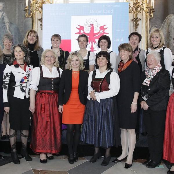Die am 14.3.2016 angelobten Bürgermeisterinnen von Tirol. Foto: Land Tirol/Frischauf