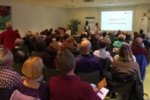 Großes Interesse am Infoabend zum Projekt Bank für Gemeinwohl am 19. April 2016 im Tagungshaus Wörgl. Foto: Spielbichler