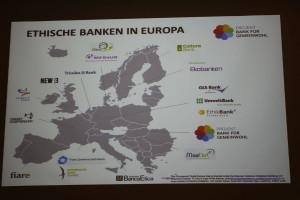 Ethische Banken in Europa: Österreich ist noch ein weißer Fleck - Präsentationsfolie von Veronika Falbesoner.