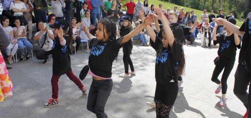 Badl-Fest im Flüchtlingsheim Badl in Wörgl am 30.4.2016. Foto: Veronika Spielbichler