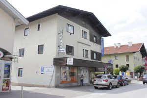 Albertini Schuhgeschäft Bahnhofstraße Wörgl. Foto: Veronika Spielbichler