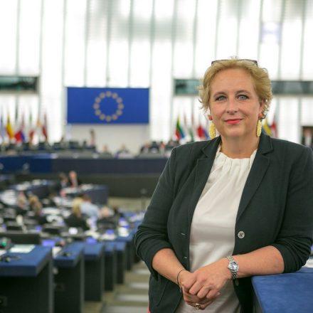 Mag.a Claudia Schmidt. Foto: Lahousse EVP-Fraktion im Europäischen Parlament