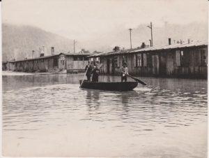 Hochwasser im Barackenlager Söcking in Wörgl am 18. Juni 1948. Foto: privat