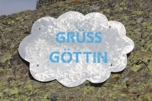 """Kunst am Berg: """"Grüss Göttin"""" am Timmelsjoch an der Grenze zwischen Tirol und Italien."""