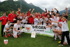 Riesenjubel beim SV Wörgl über den Cup-Sieg 2016/17. Foto: SV Wörgl
