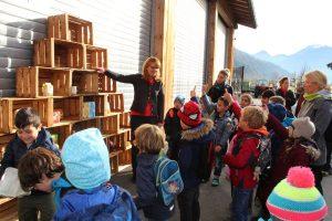 Landwirtschaft macht Schule - Aktionstag beim Schwoicherbauern in Wörgl am 25.10.2017. Foto: Veronika Spielbichler