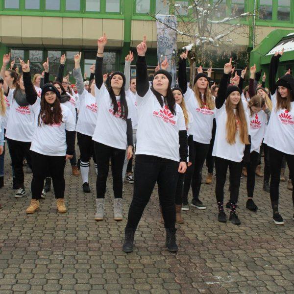 One Billion Rising - Tanz gegen Gewalt an Frauen und Mädchen an der BFW+AL Wörgl am 22.12.2017. Foto: Veronika Spielbichler