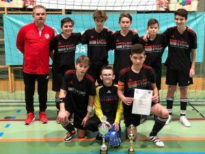 Die U14-Mannschaft des SV Wörgl siegte beim Bruckhäusler Hallenfußballturnier. Foto: Ewald Linzbauer
