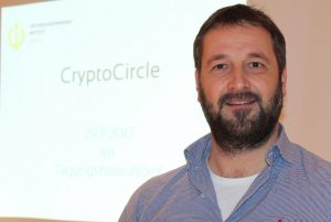 Heinz Hafner leitet als Facilitator wieder den nächsten CryptoCircle des Unterguggenberger Institutes am 17. Jänner 2018 im Tagungshaus Wörgl. Foto: Veronika Spielbichler