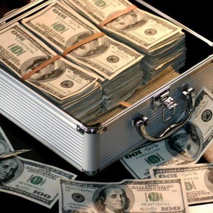 Spekulationsgeschäfte boomen - viel Geld wird derzeit in Kryptowährungen investiert. Foto: naturmensch.digital