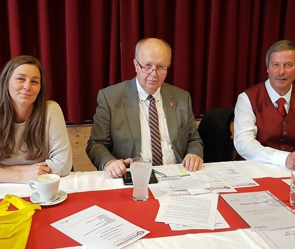 PVÖ-Landesgeschäftsführerin Carinna Steinlechner, PVÖ-Landes-Präsident Herbert Striegl, PVÖ-Bez.-Obmann Johannes Lanner. Foto: Wilhelm Maier