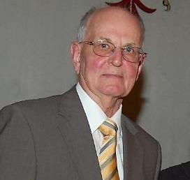 Prof. Gustl Scharzmann erhielt 2008 eine Landesauszeichnung für seine Verdienste in der Erwachsenenbildung. Foto: Landespressedienst/Alexandra Panzl