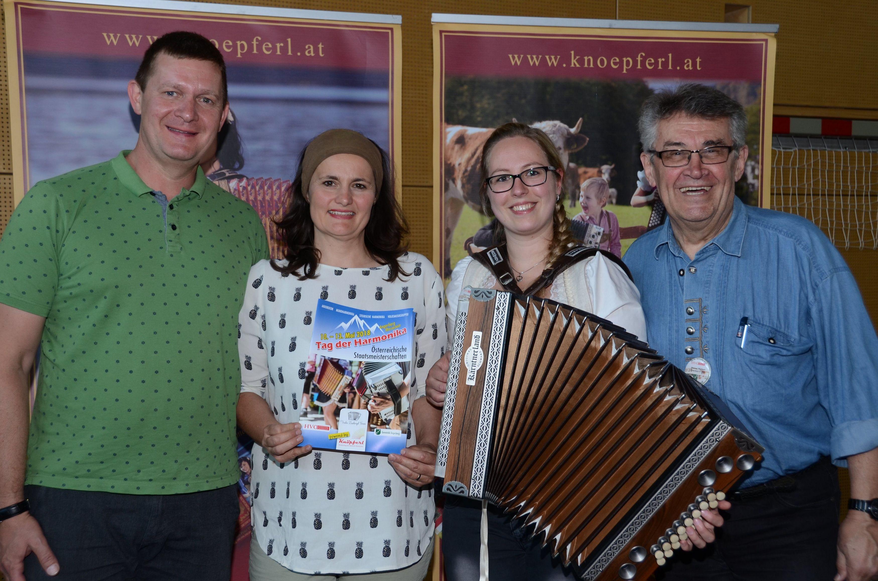 Freuten sich über eine gelungene Veranstaltung: Peter und Michaela Thurner, Carina Höck und HVÖ-Präsident Werner Weibert (von links). Foto: Nageler