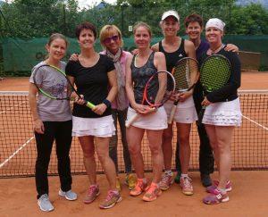 Die Bundesligadamen 35+ des TC Wörgl: v. l: Monika Gleirscher, Petra Gratt, Doris Fössinger, Hager Maria, Sabine Klaschka, Veronika Kaltenbrunner und Christina Maurer. Foto: TC Wörgl