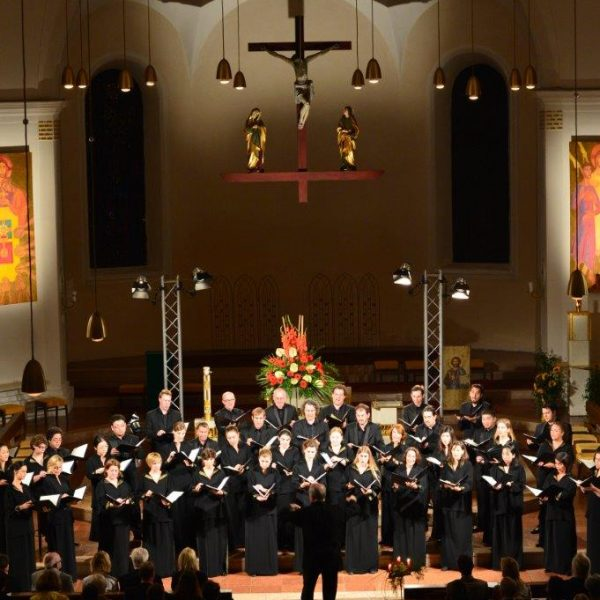 Am 3. August 2018 findet das Festkonzert mit dem Arnold Schönberg Chor in der Wörgler Stadtpfarrkirche statt. Foto: Academia Vocalis