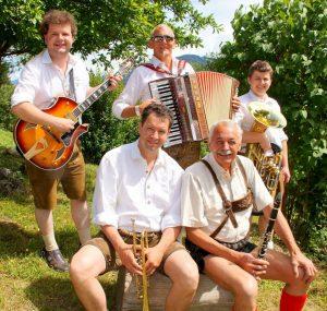Die jungen Tiroler spielten ihre erste CD ein. Foto: Die Jungen Tiroler