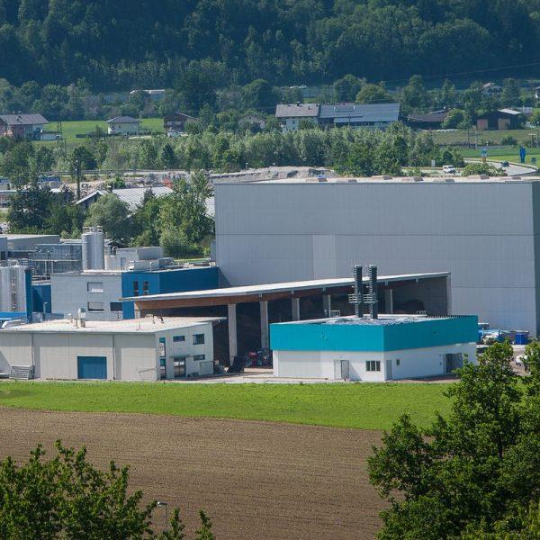 Die Fernwärme-Energiezentrale am Gelände der TirolMilch in Wörgl ist am 28. September 2018 Ziel einer Exkursion. Foto: Stadtwerke Wörgl