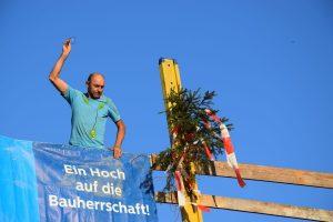 Tradition lässt grüßen. Ein zünftiger Richtspruch durfte natürlich nicht fehlen. Foto: Stadt Wörgl